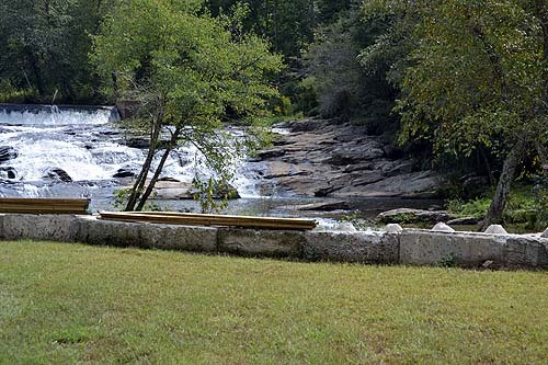Far Winds Waterfall Wedding site