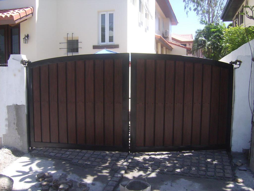 Garage Gate Fabrication Cavitetrail Glass Railings