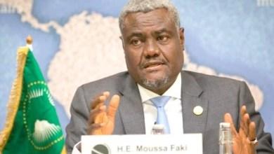Photo of فيروس كورونا: رئيس مفوضية الاتحاد الإفريقي في الحجر الصحي بعد إصابة أحد معاونيه