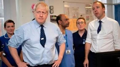 Photo of بعد جونسون.. وزير الصحة البريطاني يعلن إصابته بكورونا