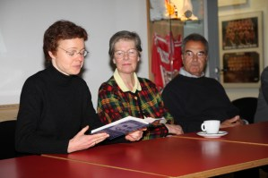 Ruth Damwerth reading Gundi Busch Biografie