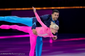 Robin_Szolkowy+Aliona_Savchenko-110402171541