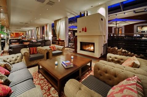 Sokos Hotel Palace Bridge lobby