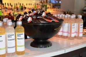 svalkande dryck på bokrelease