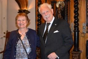 Från nordnorska Tromsö kom Randi Henriksen Hagen-Olsen och gratulerade.