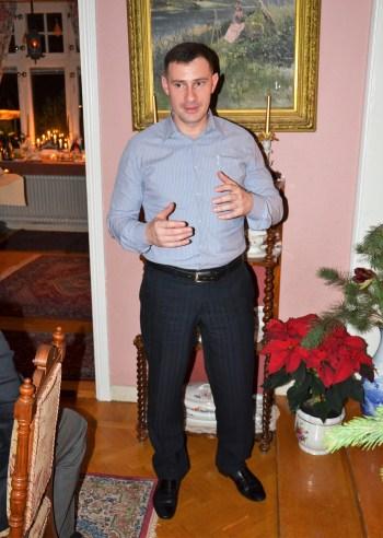 Dmitry Tkachenko, Rysslands militärattaché, berättar om ryska jultraditioner och julseder.
