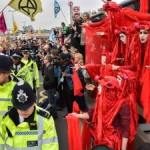 Extinction rebellion continues for 8th day in London