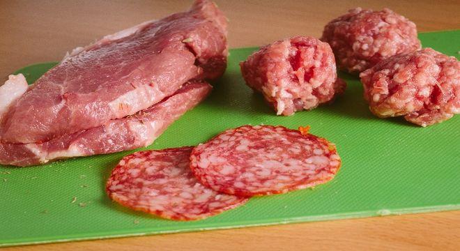 食中毒を防ぐ調理のさいの注意点<鶏肉・ひき肉・魚介類>