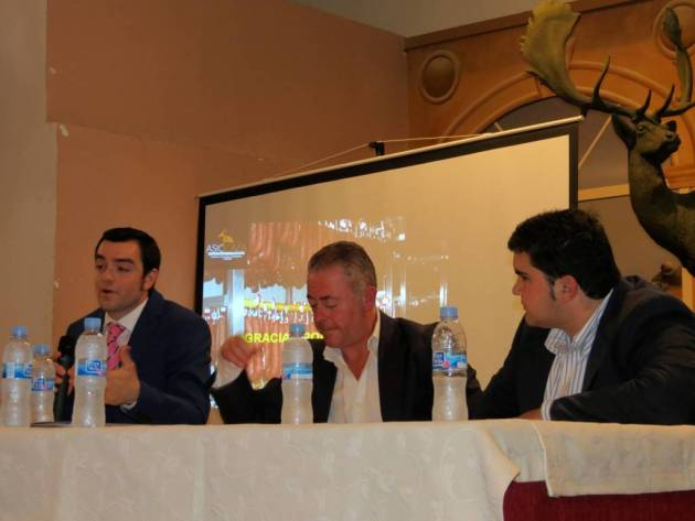 En la mesa redonda 'Los beneficios de la extensión de norma' intervinieron Jaime Hurtado, Enrique Sanz y Juan Carlos Martín.