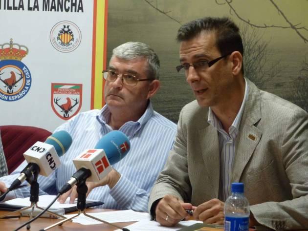Luis Fernando Villanueva y Juan de Dios Garcia en una fotografía de archivo