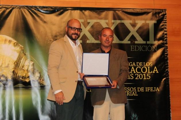Placa honorífica de Cega Multimedia al Canal Caza y Pesca, de Movistar+.