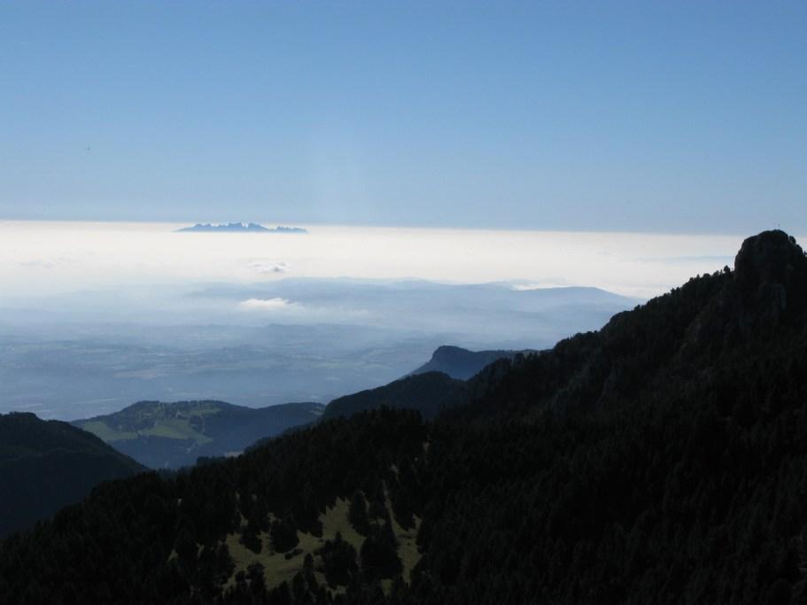 La bella Cataluña. Desde Pirineos, Montserrat.