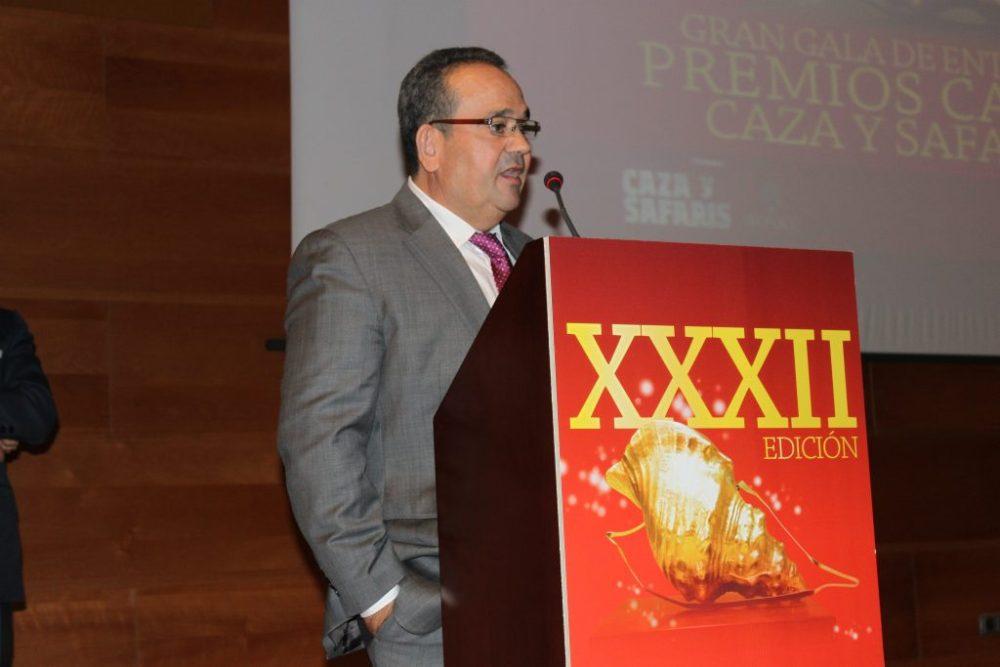 El presidente de la junta gestora de la Federación Andaluza de caza, José Andrés García Peléaz, tras finalizar el acto de entrega de galardones.