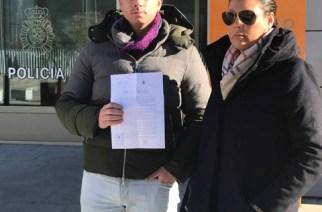 La ONC denuncia a quien deseó la muerte de dos niños por posar con un trofeo