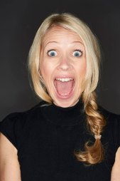 cazperry-presenter-actress-voiceover-london-hampshire-website-by-standardcutmedia015