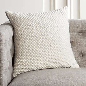 decorative pillows and throw blankets
