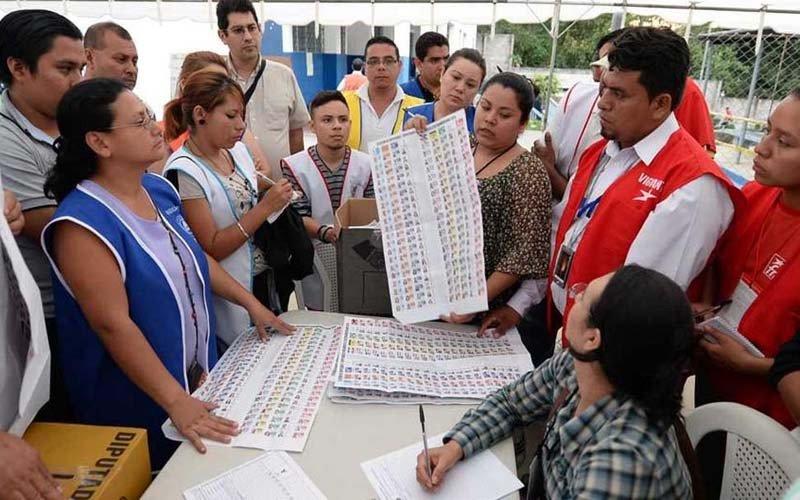 Hacienda suspende reunión con TSE sobre presupuesto para elecciones
