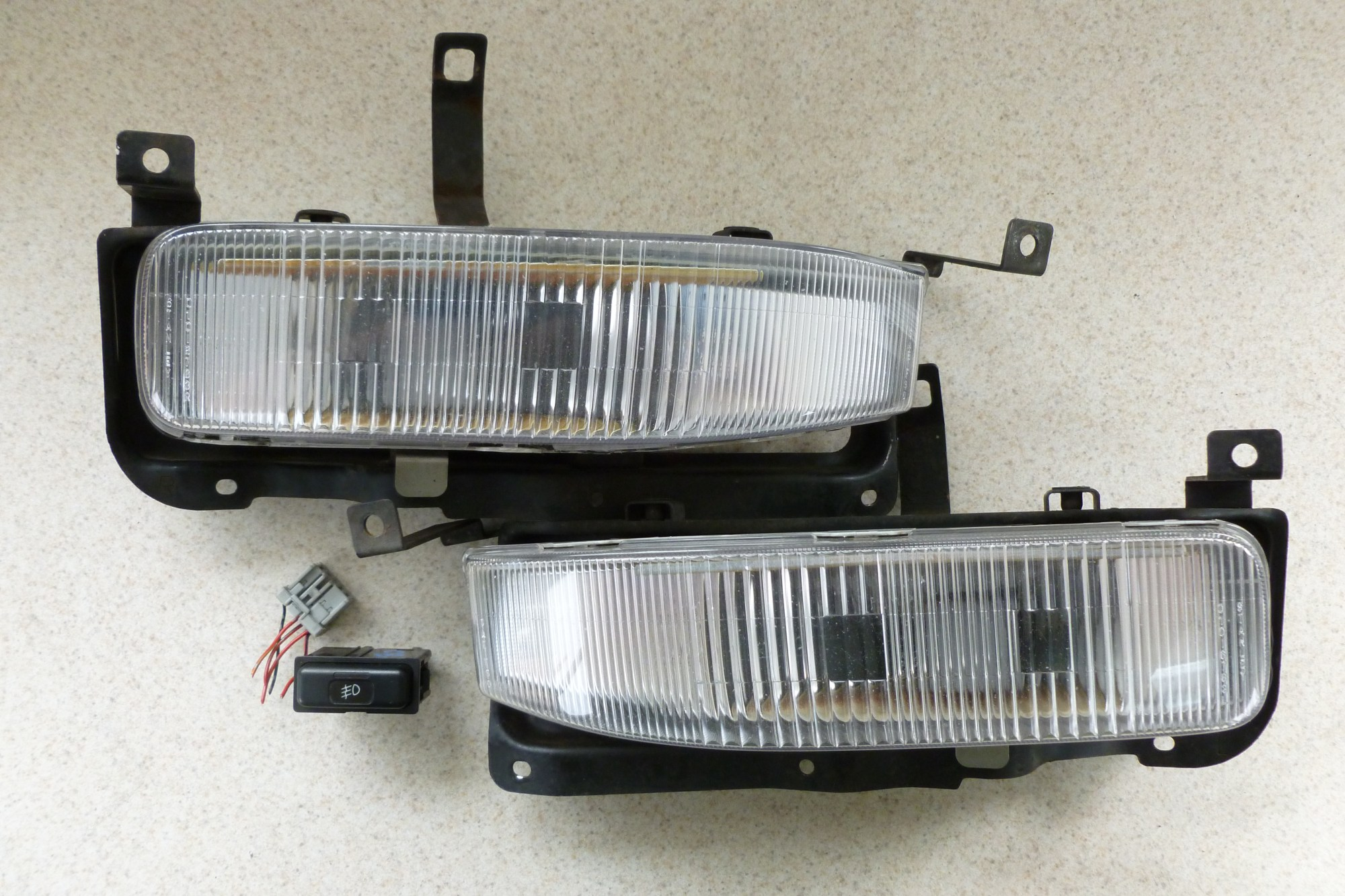 hight resolution of cb9 wagon jdm fog lights