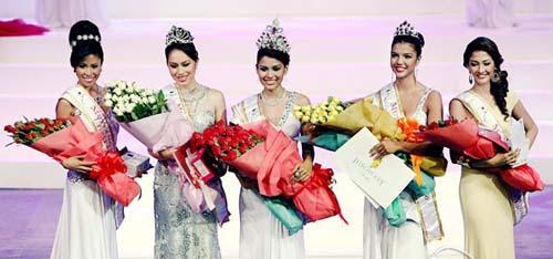 Bicolanas Win Mutya ng Pilipinas Crowns