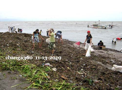 CBSUA Masteral Students Clean-up Beach