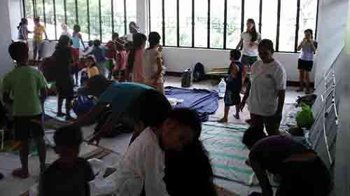 2014_1207_evacuees500