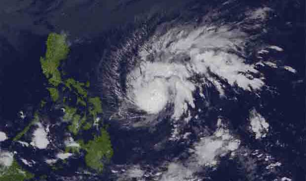 Stormy Weather prevails in Bicol on Christmas day, no thanks to 'Nina'