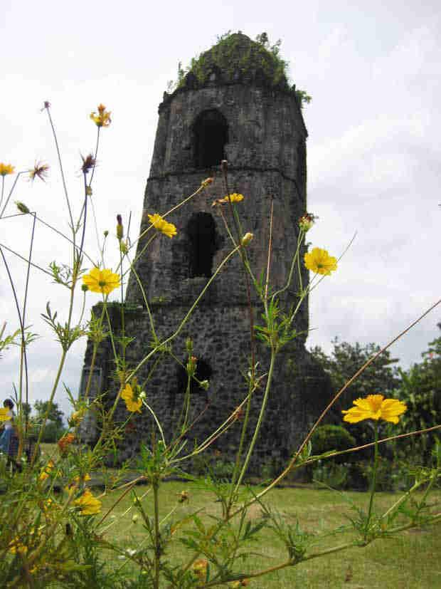 2016_0112-cagsawa-ruins2