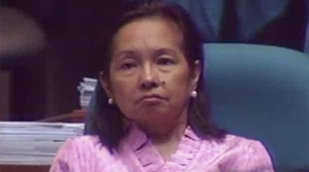2016_0720_gloria-arroyo