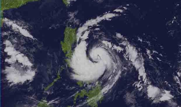 Severe Tropical Storm 'Karen' intensifies, threatens Bicol, Quezon, Aurora provinces