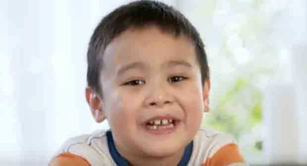 This kid is the fresh-faced endorser of money remittance