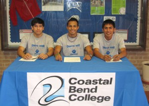 Refugio High School grads sign to play for Coastal Bend College