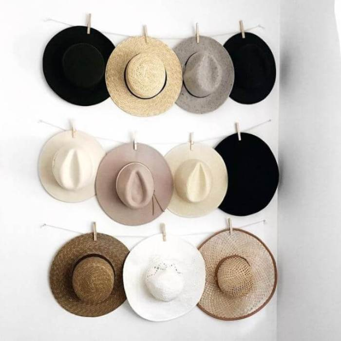 19 best diy coat hat rack ideas that are easy to make for Hat hanging ideas