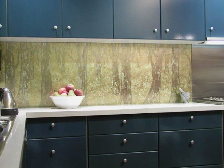 black kitchen splashback ideas