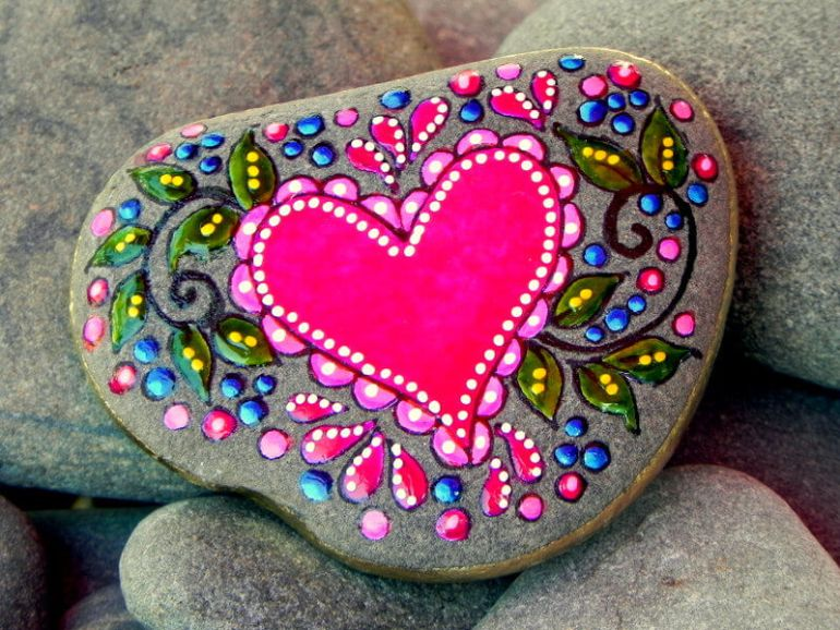 rock painting ideas hearts