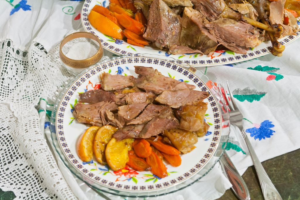 Christmas Goose with Oranges and Apples in Oven Bag