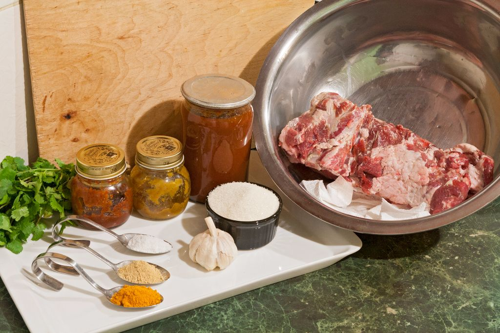 Preparing the ingredients for your BBQ ribs in the oven