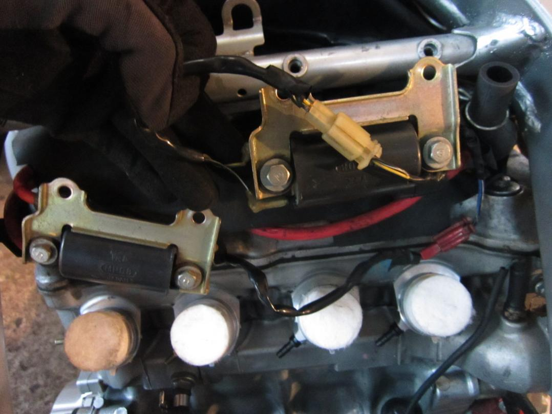 hight resolution of need pic of ignition coils please img 2490 jpg