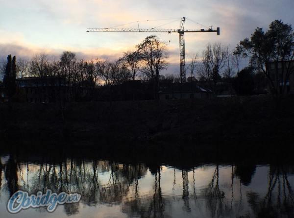 Crane Over Galt #cbridge #mycbridge Cbridge.ca