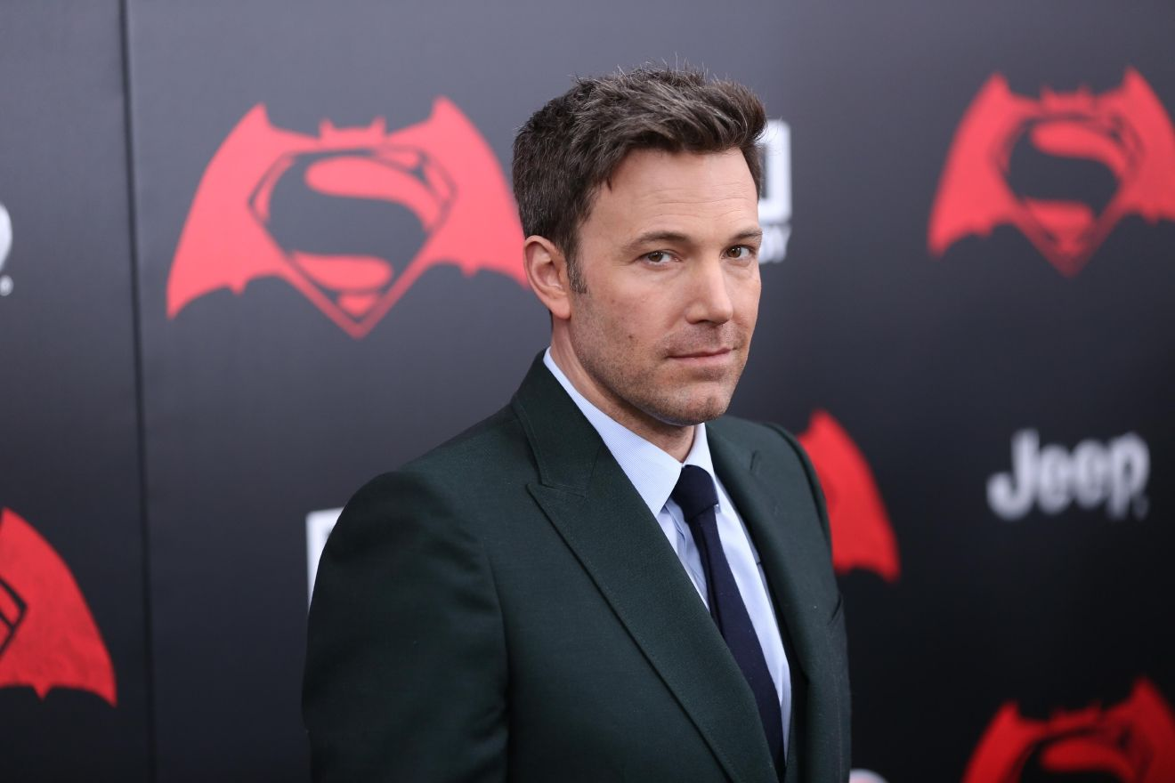Batman Vstroke Speculation High After Affleck