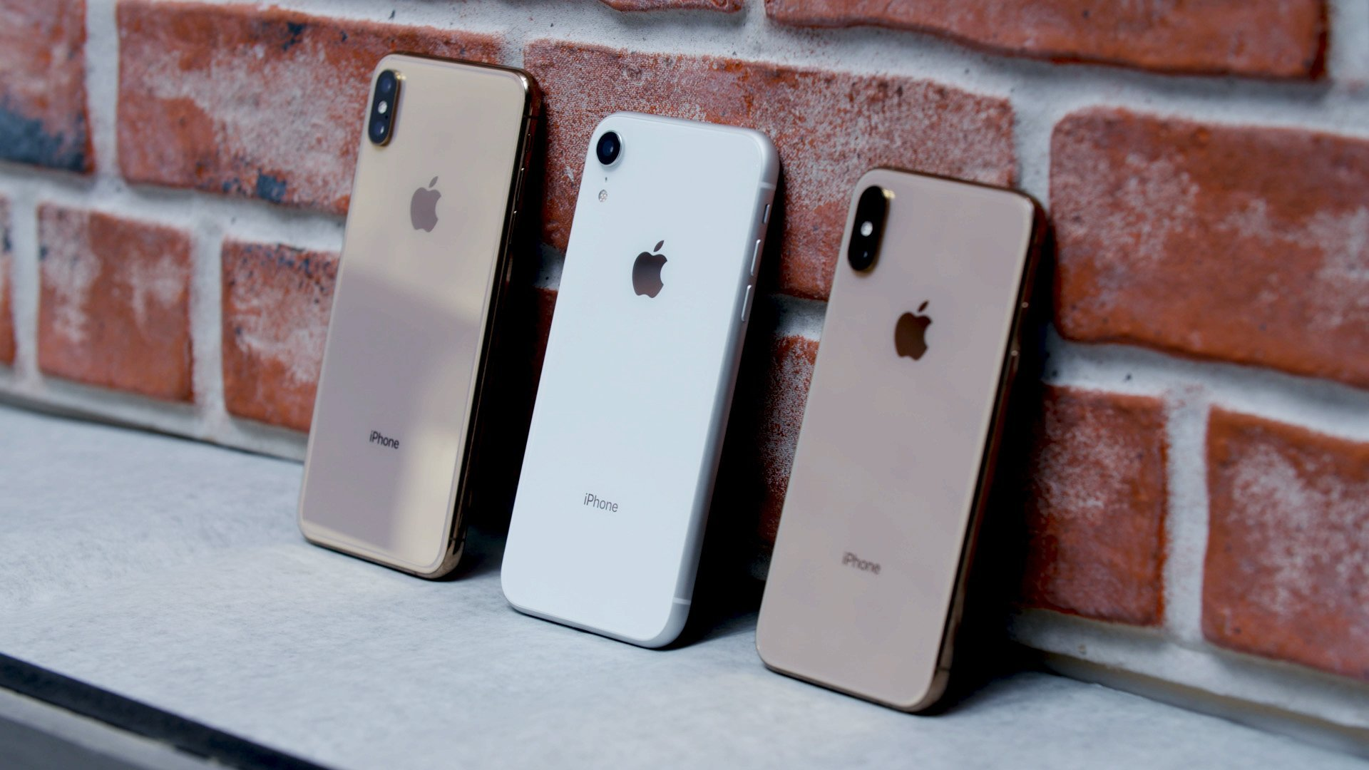 How Does Apple S Cheaper Iphone Xr Stack Up To Its More Expensive