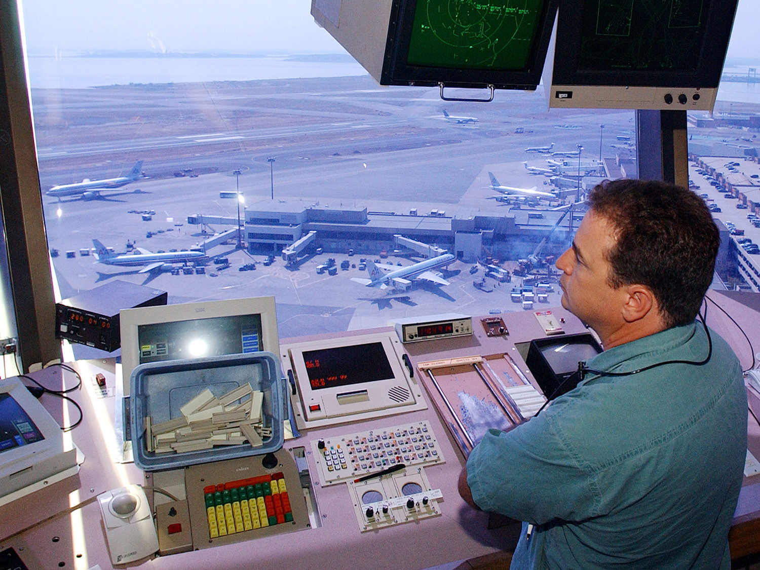 Air traffic controllers given more hours off  CBS News