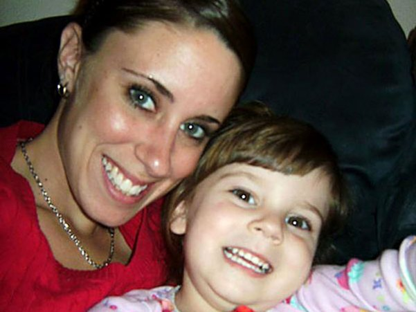 Casey Anthony reaches settlement with Texas EquuSearch - CBS News