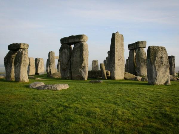 Sunrise - Views Of Stonehenge Cbs