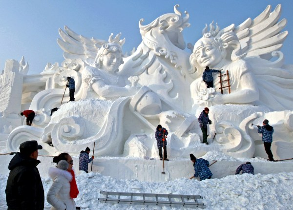 Snow Skyline - China' Spectacular Ice And Sculpture
