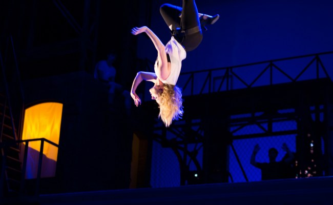 The Crazy Life Of A Cirque Performer Behind The Scenes