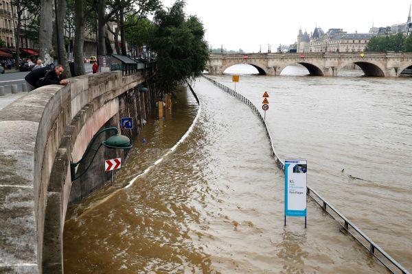 Paris Seine River Flooding