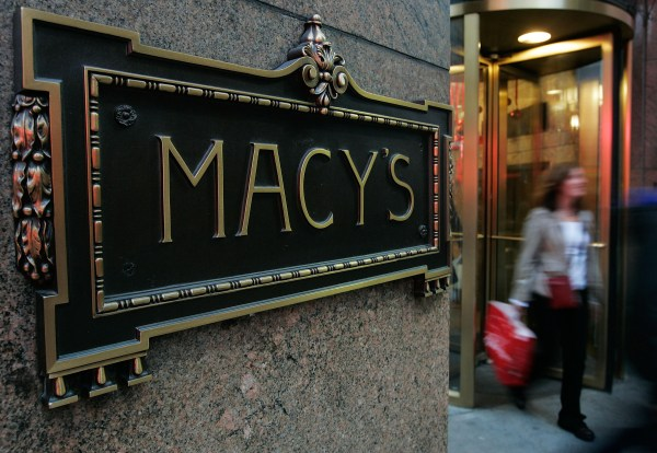 Macy' Closing Stores Cutting 10 000 Jobs - Cbs