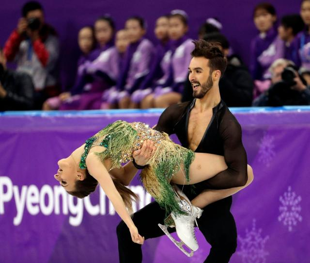 Ice Dancers Wardrobe Malfunction Grabs Unwanted Olympic Spotlight