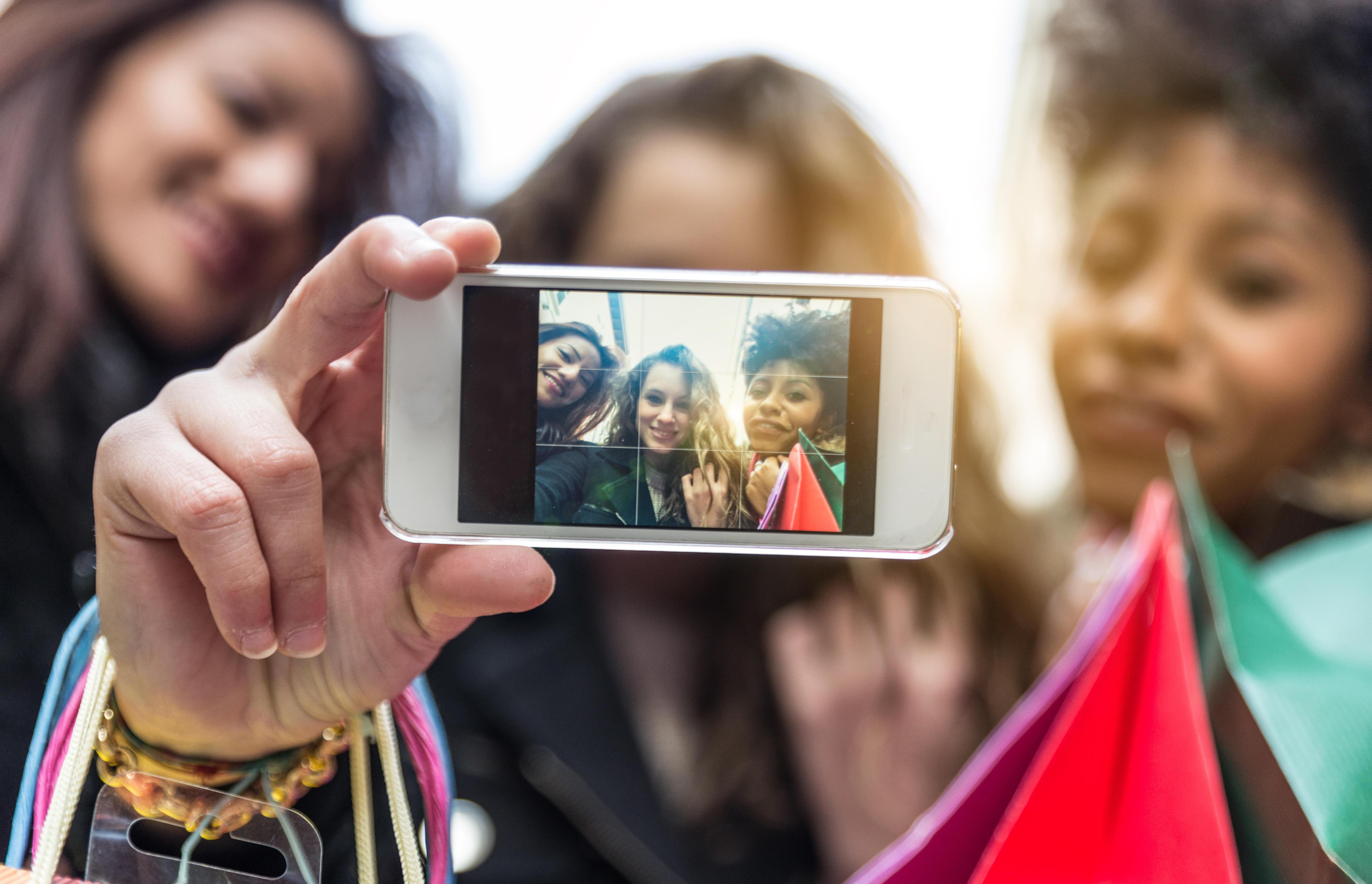 Snapchat Dysmorphia Selfies Photo Filters Driving