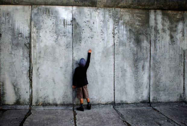 Boston In The Fall Wallpaper The Fall Of The Berlin Wall Photo 1 Pictures Cbs News